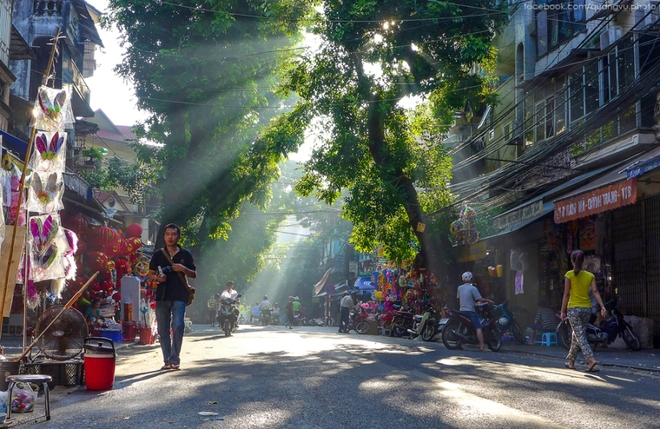 Hanoi autumn is a popular topic not only of poetry but also photography
