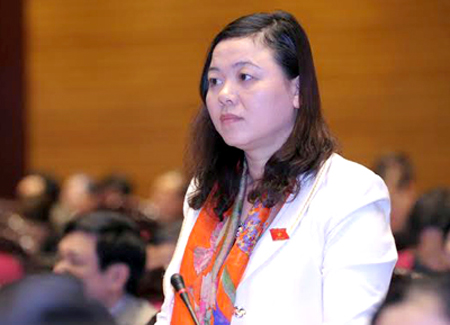 Luu Thi Huyen delegtae in the Congress conference