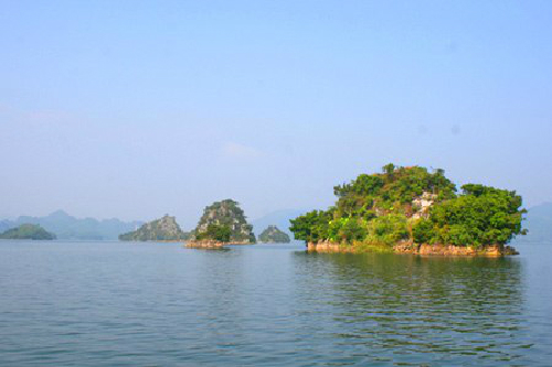 Thung Nai has many islands